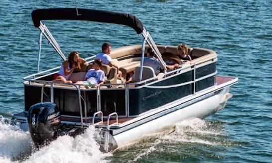 25' Pontoon Rental On Bull Shoals Lake, Arkansas