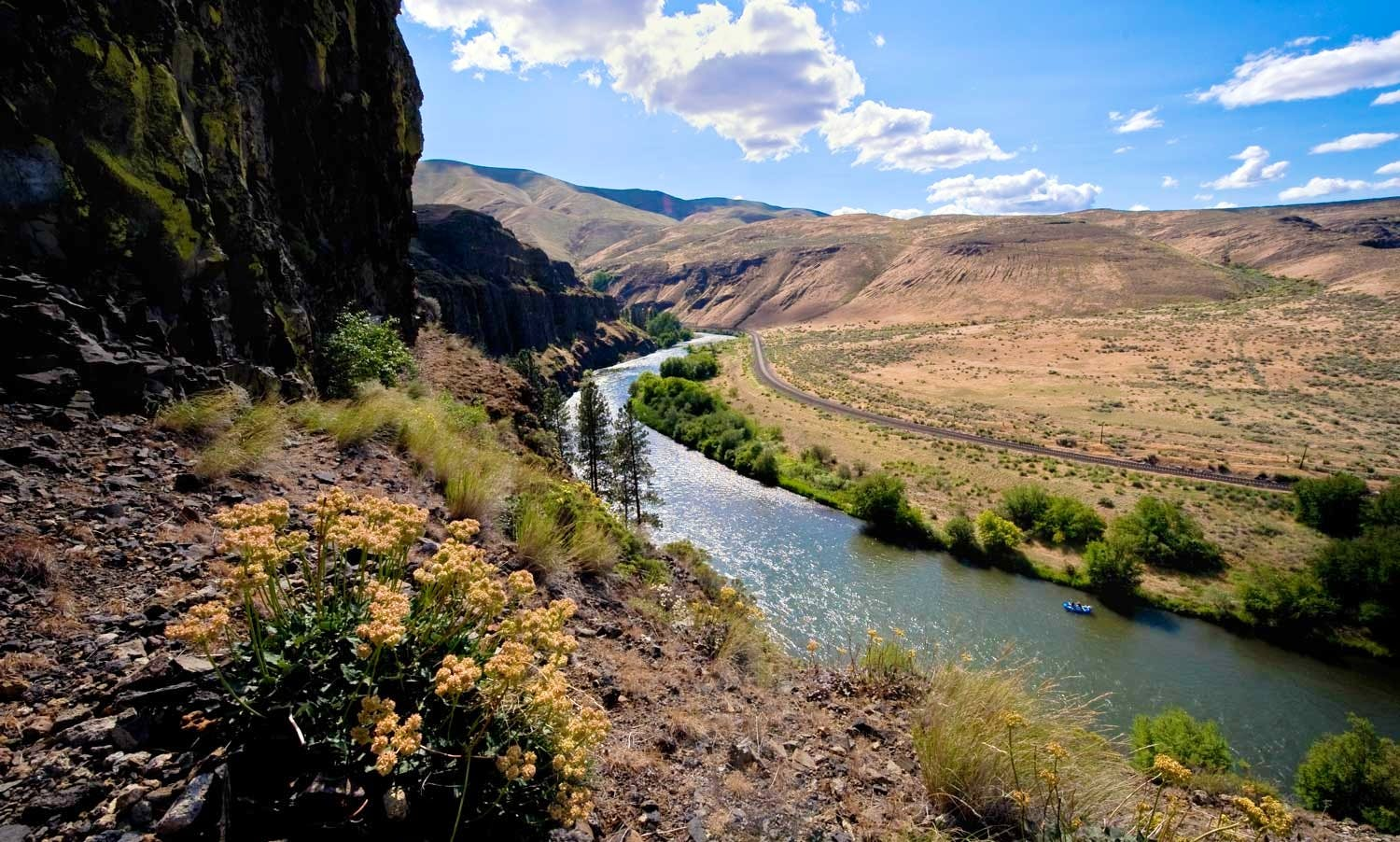Rent Inner Tube on the Yakima River, Washington