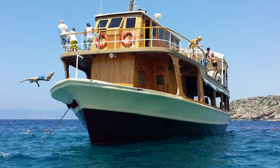Private Party Boat Charter In Palma De Mallorca