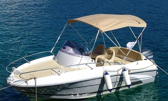 Benneteau Flyer 550 Sd Bowrider Rental In Trogir, Croatia For 5 People