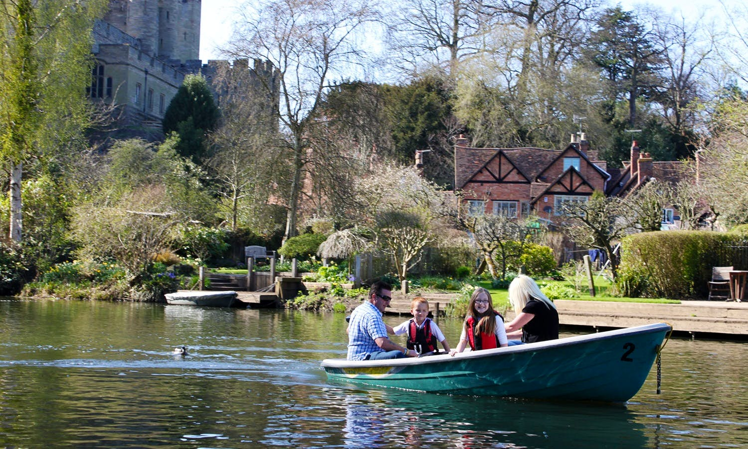 Electric Motor Boat Hire in Warwick, United Kingdom