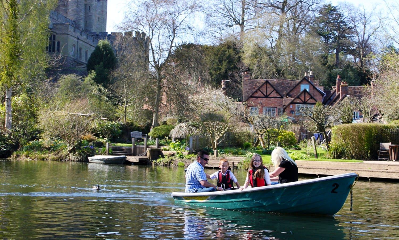Electric Motor Boat Hire in Warwick, United Kingdom