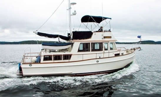 36ft Wren Grand Banks Trawler Yacht Charter In Brooksville, Maine