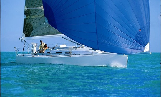 Charter 35' Cruising Monohull J/109 In Hamble-le-rice
