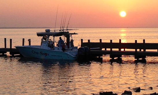 Inshore fishing on 22 39 cape horn boat in destin florida for Fort walton beach fishing charters