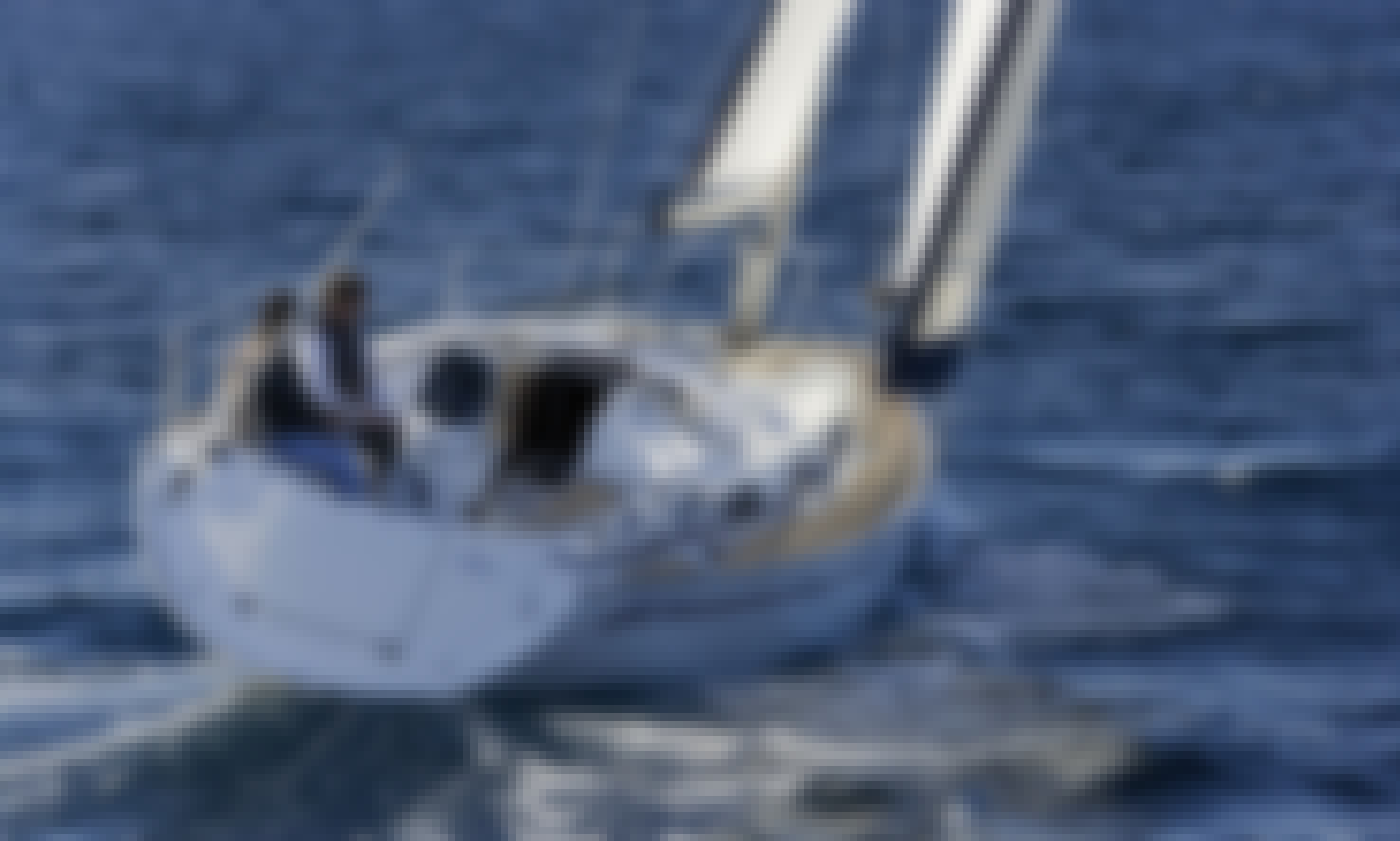 Charter Bavaria 34' Sailing Yacht in Alimos