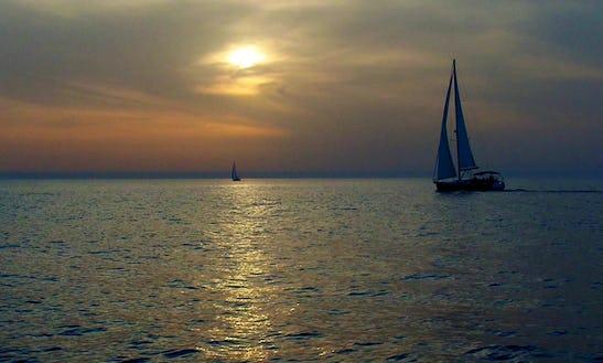 Cruising Monohull Rental In Haifa