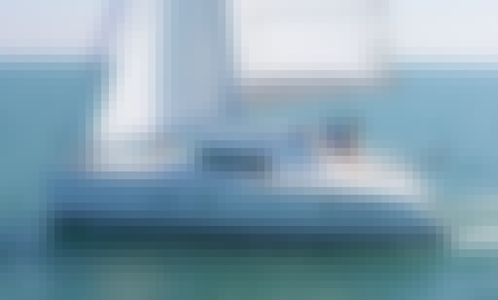 Charter Luxury  Lagoon 380 Catamaran for 10 People in Alimos