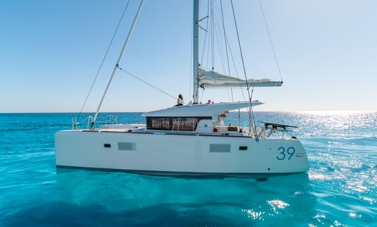 Cruising Catamaran Lagoon 39 Charter In Alimos