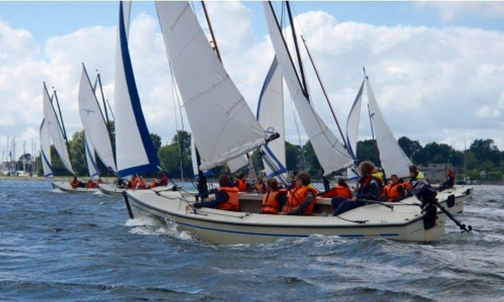Charter Valk Sailboat in Wolphaartsdijk
