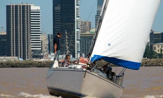 Charter Dakkar´32 Cruising Yacht In Buenos Aires