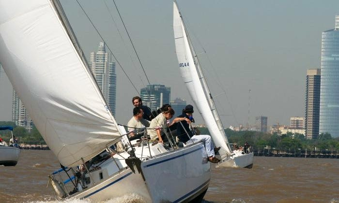 Sailing Chartes in Buenos Aires