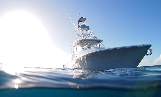 Cuddy Cabin Rental In Jaco, 34'
