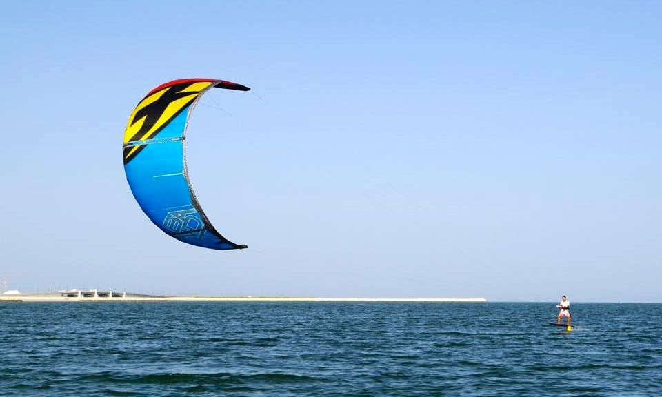 Kiteboarding Lessons in Qatar, Al Wakrah