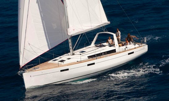Oceanis 45 Charter In Athens