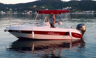 Hire the Blumax Open Red Center Console for 7 People in Supetarska Draga