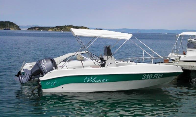 Rent the Blumax Open Green Boat in Supetarska Draga