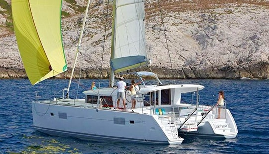 Lagoon 400 S2 - Cruising Catamaran In Greece, Lavreotiki