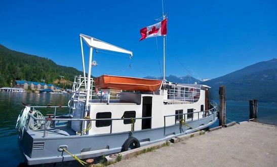 Mv Candide 42ft Houseboat Rental On Kootenay Lake