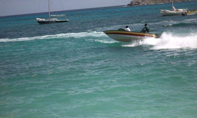 22' Deck Boat Charter in Leeward, Turks and Caicos Islands