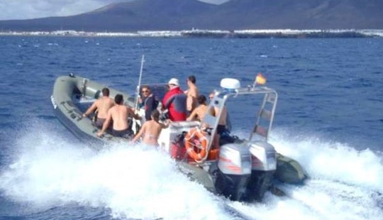 Hire This Rib Valiant Pt 850 In Playa Blanca