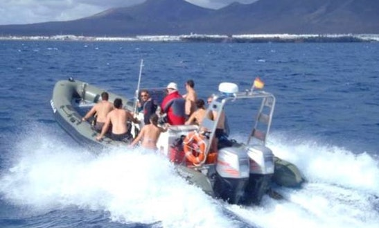 Hire This Rib Valiant Pt 850 In Playa Blanca