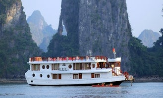 5 Day Bai Tu Long Bay on Private Deluxe Cruise