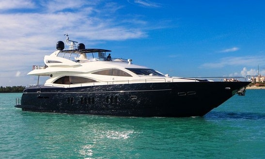 Charter Beautiful Sunseeker 90 Yacht In Miami