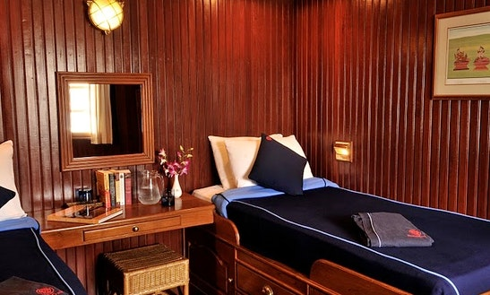 Pandaw Cruise - Saigon - Siem Reap 8 Days/ 7 Nights