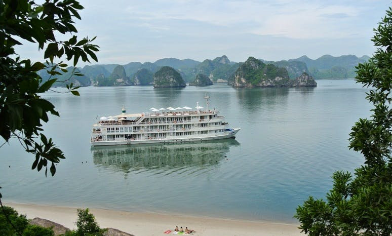 The Au Co Cruise in Halong Bay, Vietnam for 3 Days/2 Nights