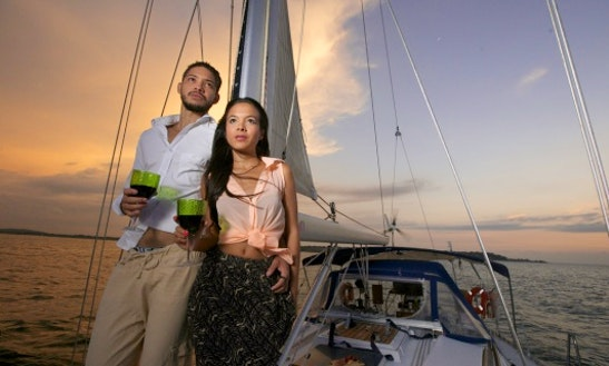 Romantic Sunset Sailing Charter In Cartagena, Colombia