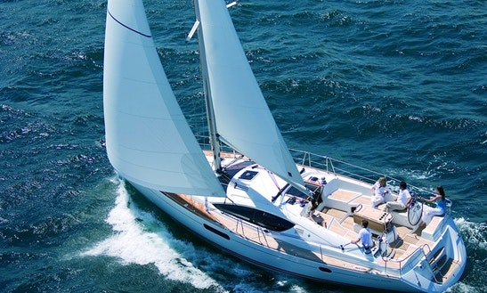 Charter The Cruising Monohull