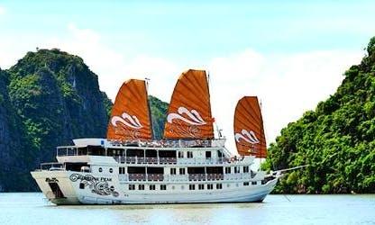 Paradise Peak Passenger Boat Hire in Nassau