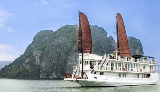V' Spirit Cruise In Hạ Long Bay