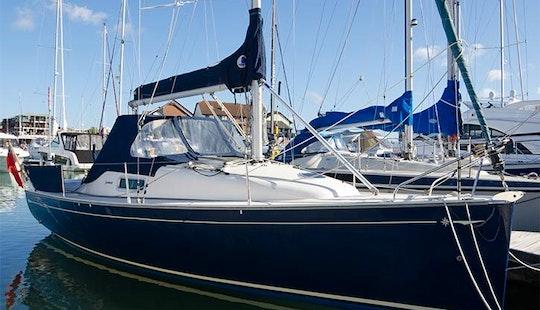 Charter Jeanneau Sund 2500 In Barcelona