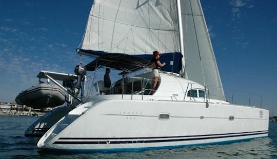 Cruising Catamaran Lagoon 380  In  Mallorcain S'arenal