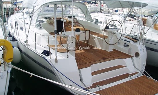 Reggina Luxury Yacht  Sailing  In Lavrio