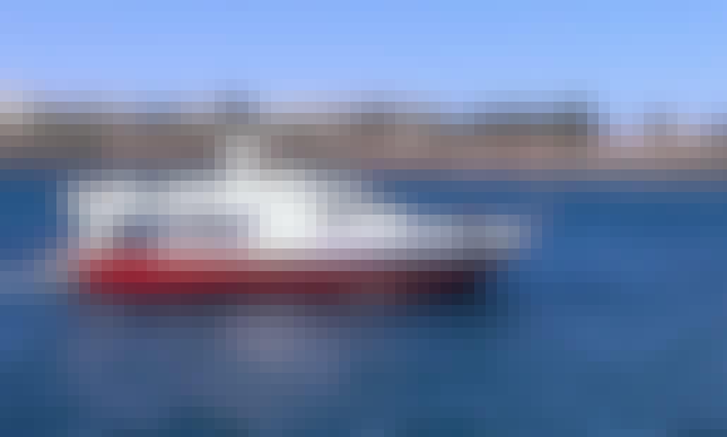 "Charter ""Maype"" Motor Yacht in Tías"