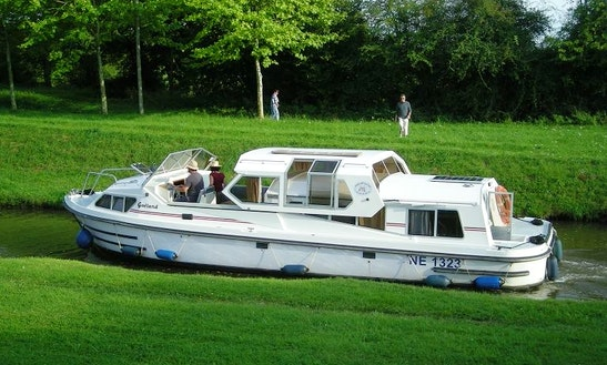 Goeland Jamaica 40' Trawler Charter In Vitry-laché