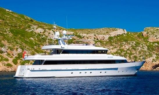 My-alcor Motor Yacht Charter In Mallorca
