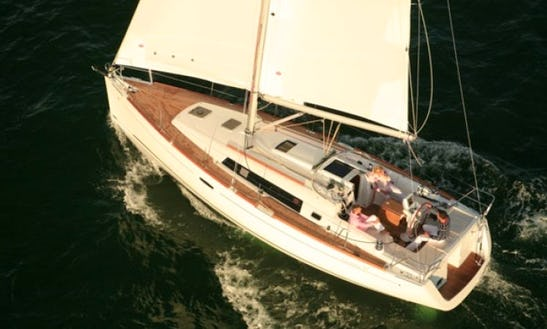 'firenze' Beneteau Oceanis 37 Sail In Greece