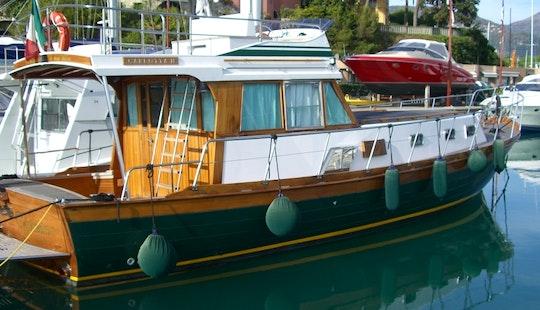 Pilotina Carlotta Special Mini Cruises In Castro, Italy