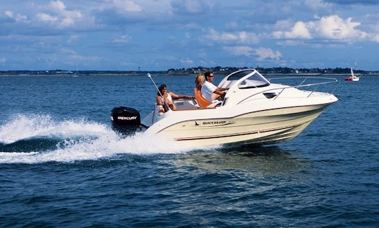 Quicksilver 540 Motorboat Charter In Fréjus