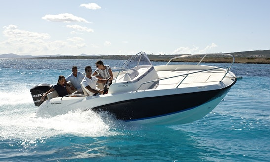 Charter A Quicksilver 605 Open Boat In Fréjus
