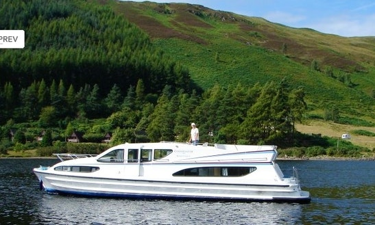 Luxurious Cruiser Le Boat Magnifique Hire In Scotland