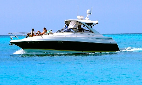 Grace Bay Private Luxury Vip 40ft Regal Commodore Yacht In Turks And Caicos Islands