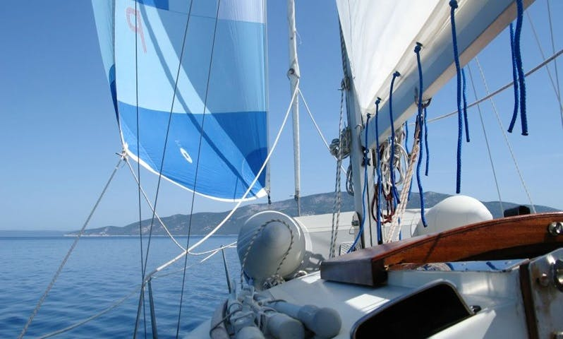 "Contest 27', ""Bluna"", Sailing Yacht Charter in Pula"