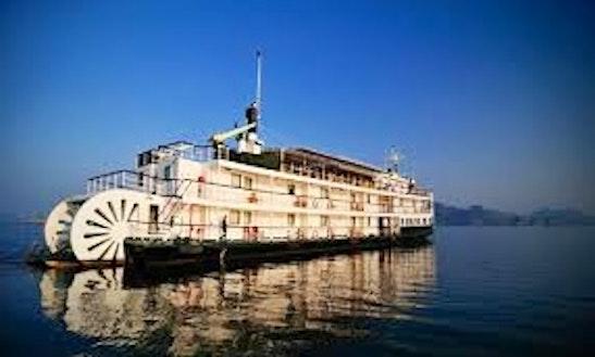 Emeraude Cruise 2 Days/ 1night