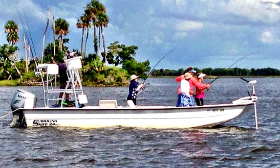 22ft Center Console Boat Fishing Charter In Crystal River, Florida
