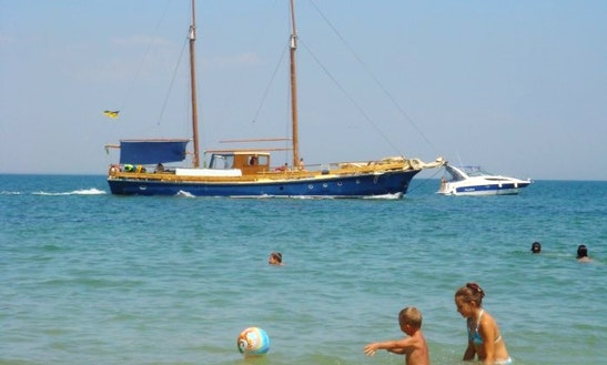 Sailing Yachht Tango Hire In Odessa